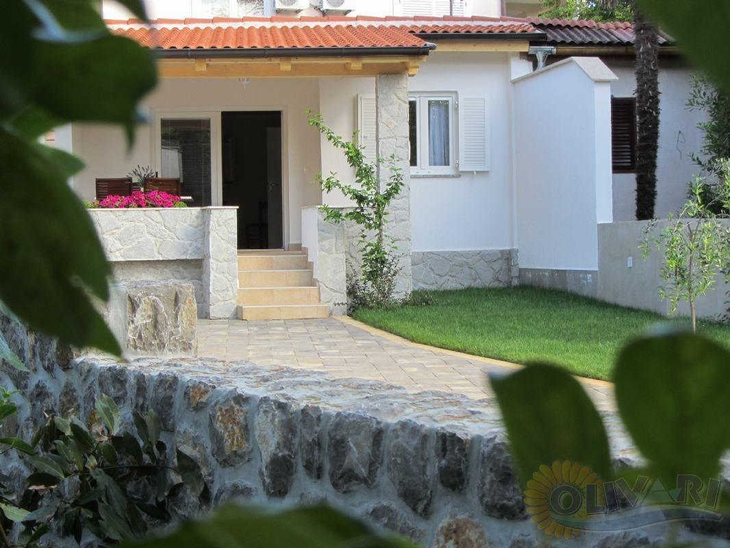 Vacation house Lujo, island Krk, Malinska