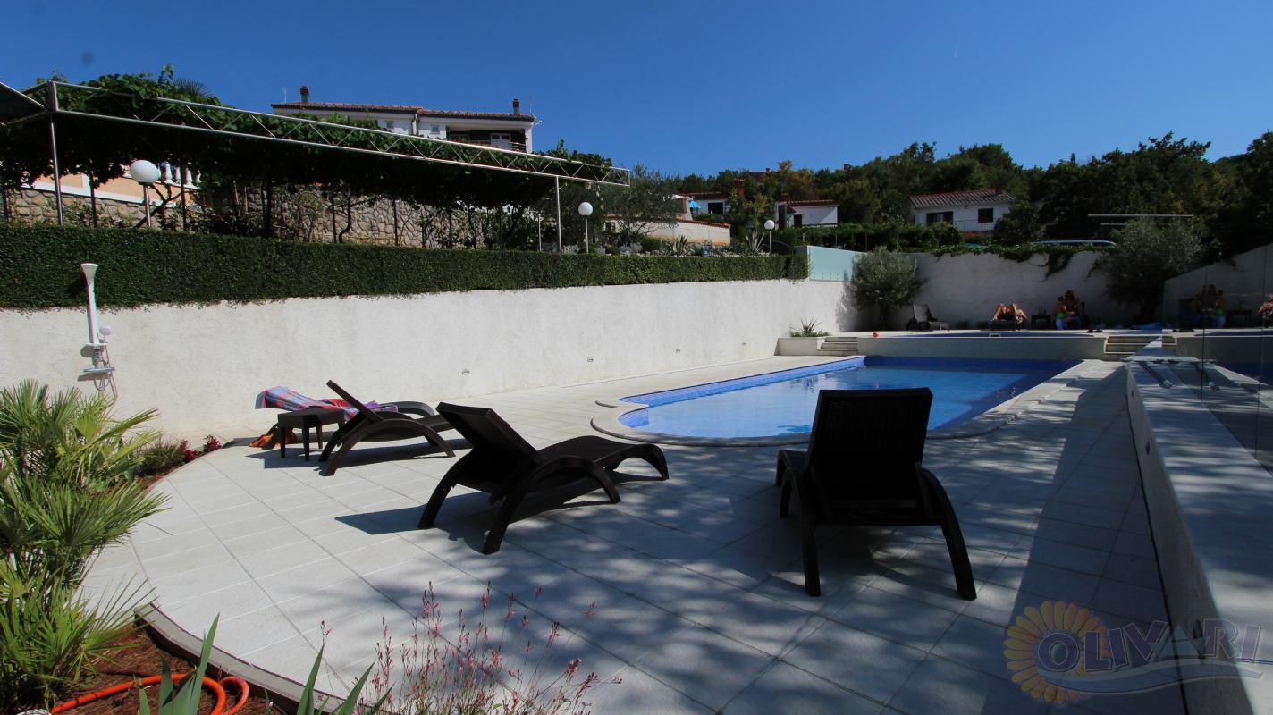 Villa Elizabeth with swimming pool island Krk Klimno