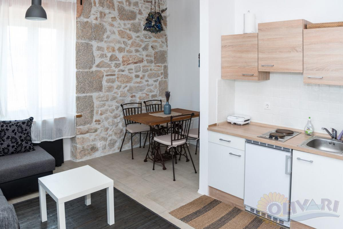 The house Sunčana obala Apartment 1