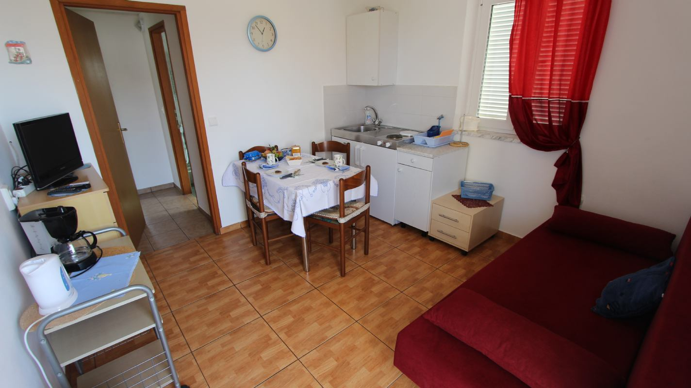 Apartman Kamenar 3