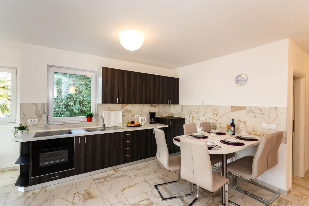 Apartman Adria 2