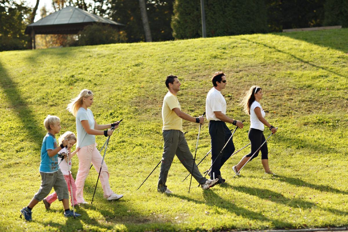 Pješačenje uz izvor Radenske - Turistička agencija Olivari