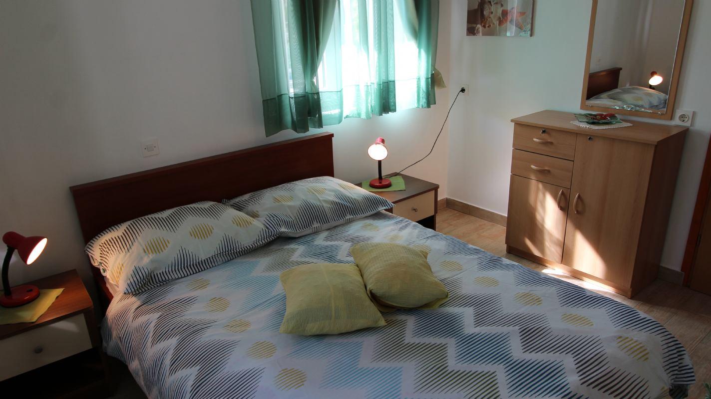 Apartman Kamenar 1