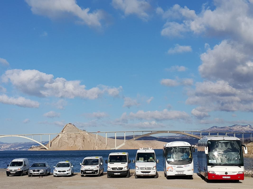 Transfers bus & taxi